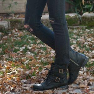 DV Dolce Vita combat moto lace zip boots 8.5